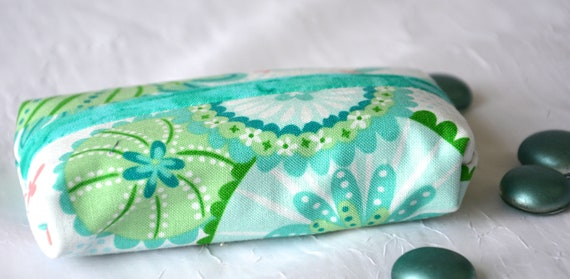 Kleenex Pocket Tissue Holder, Handmade Travel Tissue Case, Lovely Summer Aqua Case, Basket Filler, Purse Pouch, Aqua Case