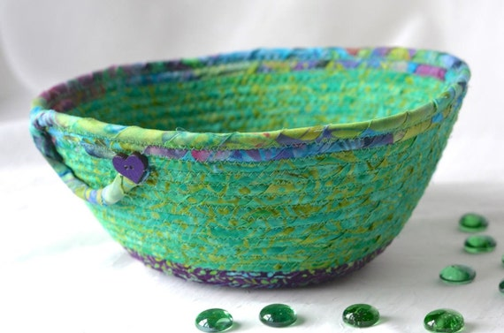 Textile Art Bowl, Handmade Batik Basket, Decorative Rope Basket, Lovely Gift Basket, Green Catchall, Yarn Bowl, Napkin Holder, Bread Basket