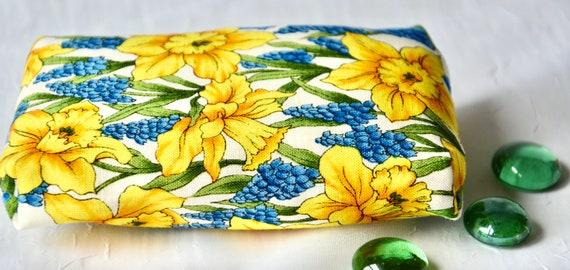 Kleenex Pocket Tissue Holder, Handmade Travel Tissue Case, Lovely Birthday Party Favor, Pretty Yellow Purse Accessory