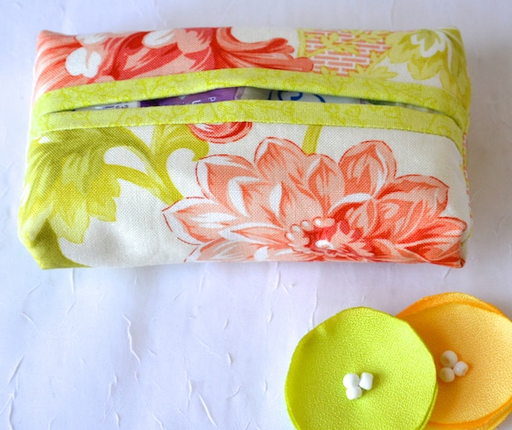 Kleenex Purse Tissue Holder, Handmade Travel Tissue Case, Lovely Party Favor, Gift Basket Filler, Pretty Purse Accessory