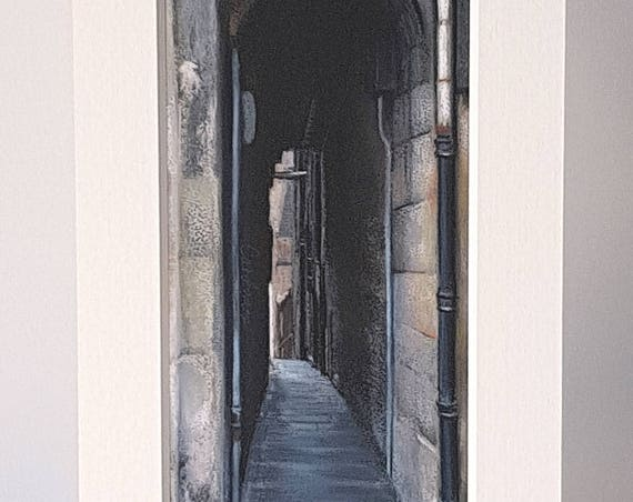 Stevenlaw's Close, Edinburgh giclee print by Carolanne Jardine.  Quality print depicting Stevenlaw's Close in Edinburgh's old town.