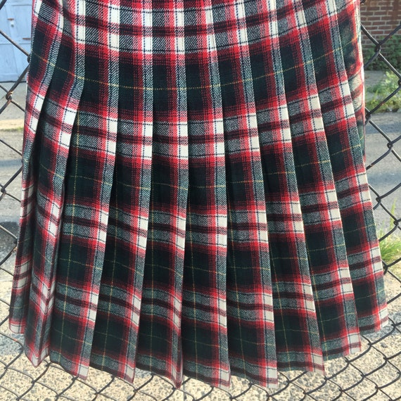 Pristine 1980s Vintage Pendleton pleated skirtClassic Preppy Traditional knife-pleated plaid Mid length Skirt US size 12