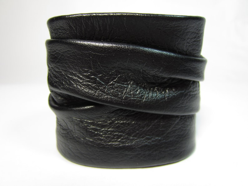 8a6c7d88ef6f3 Twisted Black Leather Cuff Wrap Wristband Mens Ladies Soft Italian Leather  Bracelet Gift Boxed