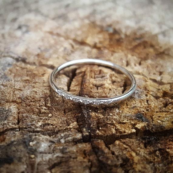 14K White Gold Wedding Band for Women, Thin White Gold Ring, Delicate Diamond Band, Delicate Diamond Wedding Ring, 14K Gold Stacking Ring