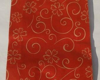 4 - Set of 2 red and cream arabesque kraft bags