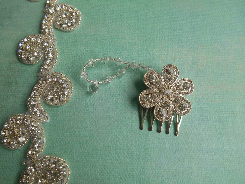 Sidney ~~~ Bridal Silver Hair Comb Floral Daisy with Austrian Crystals and Wired Bendable Rhinestone Detail