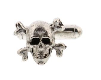 silver skull and crossbones cufflinks