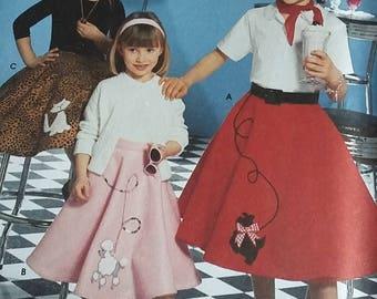 Simplicity 5401 Girls Poodle Skirt pattern, size 7-14, uncut