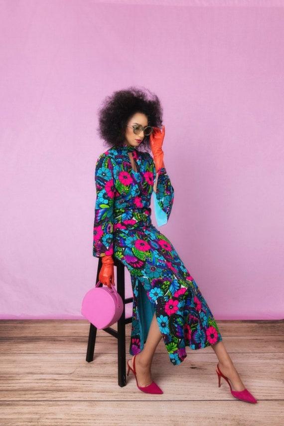 1970's Vintage SPRING Hostess DRESS floral maxi dr