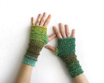 Arm warmers in green, Hand knit fingerless gloves, arm warmer cute, wool fingerless knit gloves mittens, Dragon gloves, Boho knit glove