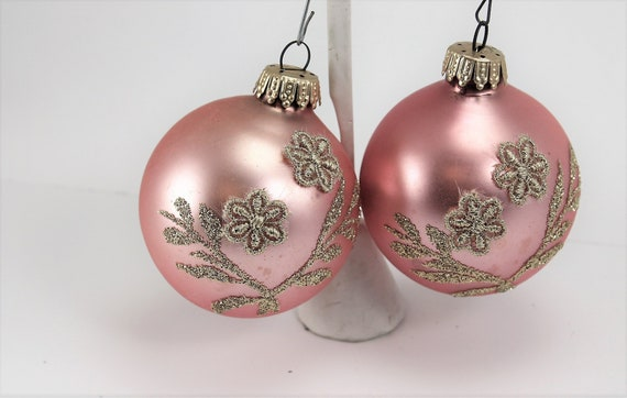 Vintage Mercury Glass Christmas Ornaments West Germany Pink Gold Glitter Floral Appliques Satin Hand Painted Christmas Holiday Tree Decor