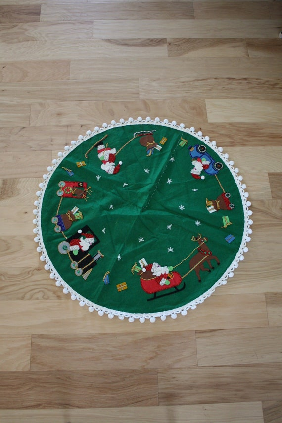 Classic Victorian Tree Christmas Holiday Party Decoration Paper Tablecover