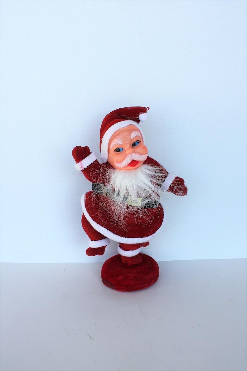 "Wood Christmas Ornament Sign~/""Here Comes Santa Claus/""~Primitive//Retro//Vintage"