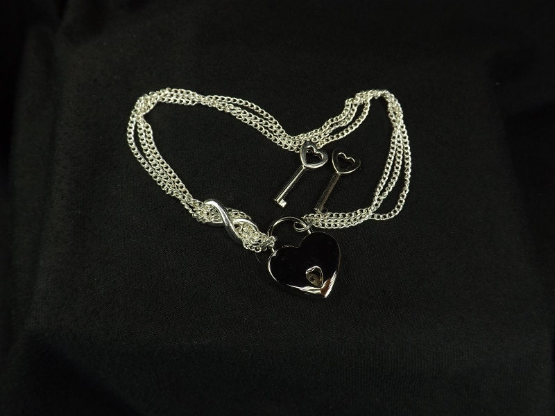 Locking Anklet Infinity Ankle Bracelet Heart Lock Anklet body jewelry Infinty Anklet bdsm gift - product images  of