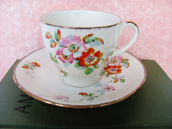 Pottery, Porcelain & Glass Alfred Meakin Alfred Meakin 4 Cups And Saucers Gold Leaf And Flower