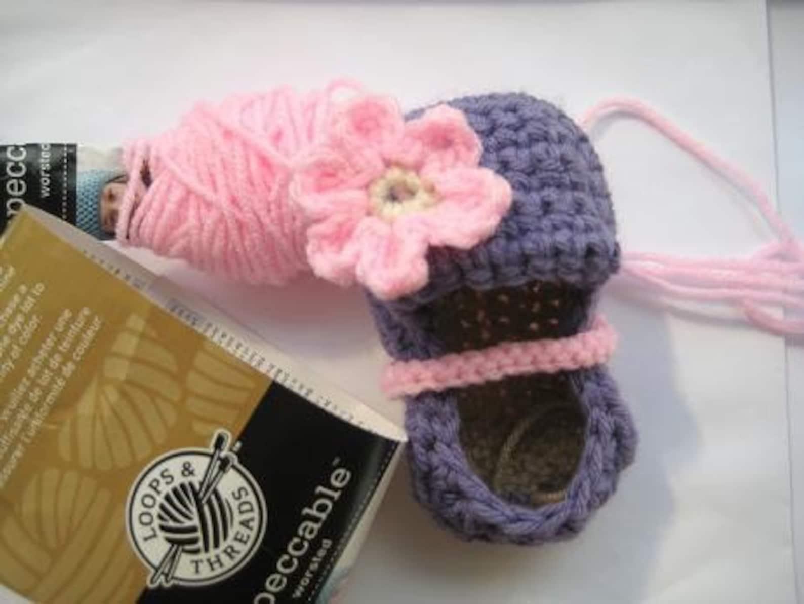 crochet booties pattern, crochet pattern booties for girls (pdf pattern) 4 sizes, ballet flats