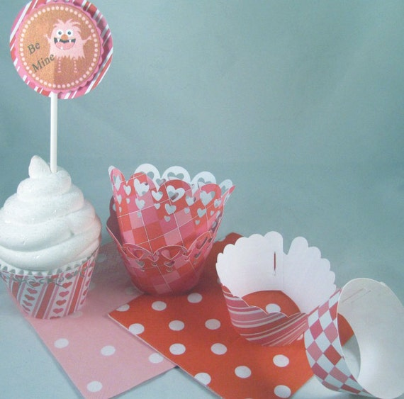 Pink & Red Valentine Cupcake Wrappers in 4 different  Cut Styles