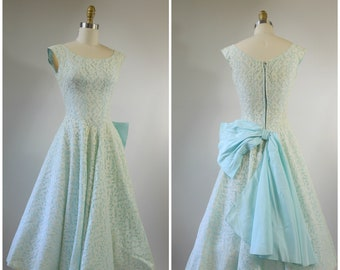 1950s Prom Dress Blue and White Lace with Large Back Bow Size XS Xtra Small New Look Dress Fit and Flare Circle Sirt