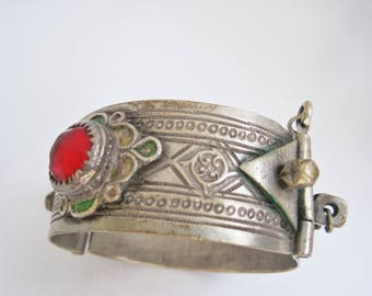 Moroccan Silver Bracelet, Ethnic Bangle From Morocco with Glass and Enamel, Berber Jewelry
