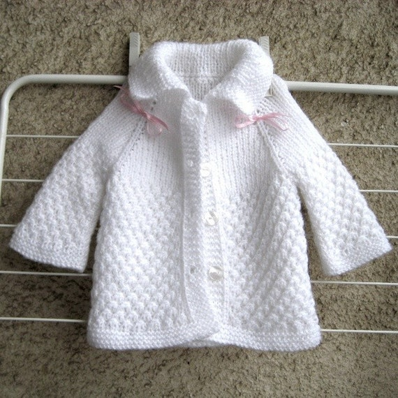 New Hand Knitted White Cardigan 3//6 months