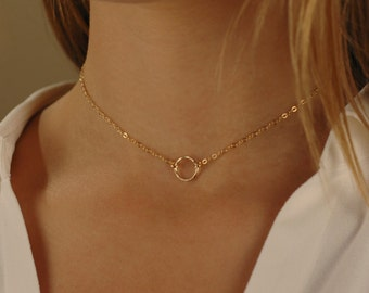 Open Circle Choker, Gold Filled or Sterling Silver, Layering Jewelry, Hammered eternity circle Necklace, Delicate Gold Infinity Choker