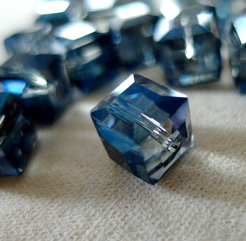 10 beads 10pc 10mm Half Blue Faceted Crystal Cube Beads 10mm x 10mm