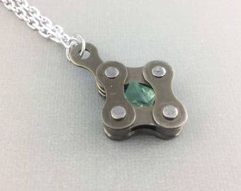 Bike chain green fluorite cycling jewelry, bicycle accessory, bike necklace, unique bicycle jewelry, fixie jewelry, bmx necklace
