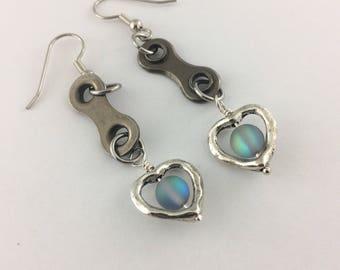 Heart bike earrings, bicycle chain earrings, cycling gifts, fixie earrings, bmx accessory, bike chain dangle earrings