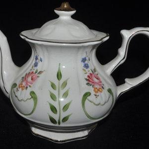 Price Kensington Porcelain Teapot #3319