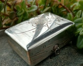 Silver Snuff Box, Sterling Silver jewelry box, trinket box, miniatures, gifts for her, stamped Silver 990 TOYOKOKI CPO