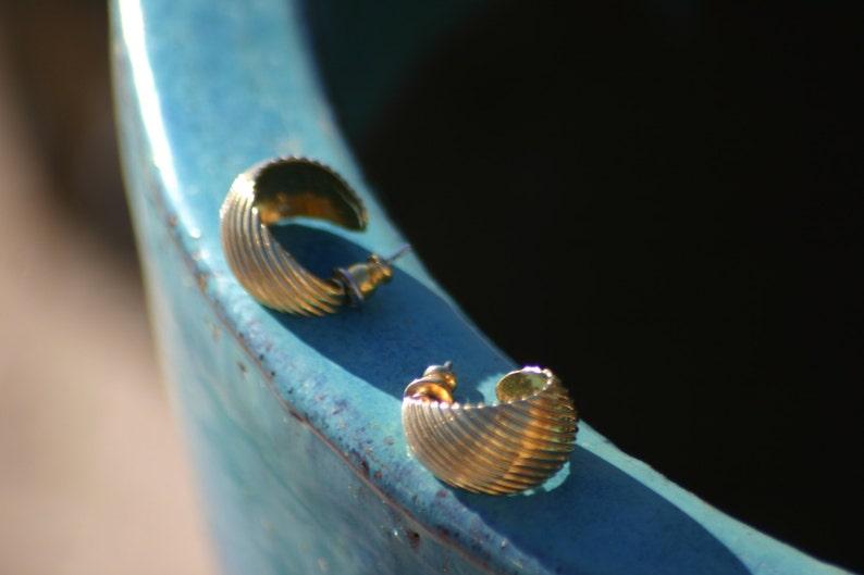 Vintage Gold Tone Earrings