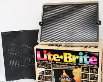 Vintage Lite Brite Toy MIlton Bradley with Blank Refill Sheets and Pegs 1986 80s 1980s