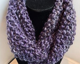 4011 Minnie Knit Infinity Scarf