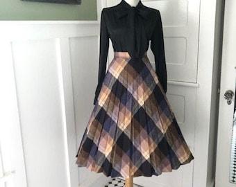 f552000e12 Vintage Plaid Skirt 1960s High Waisted Plaid Full Pleated Skirt Mad Men  Secretary Skirt | Pleated Plaid Womens Skirt Betty Draper