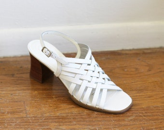 9d3c44dc270a Vintage Minimal White Heeled Sandals   Made in Brazil   Strappy Sandals 8  1 2 Never Worn