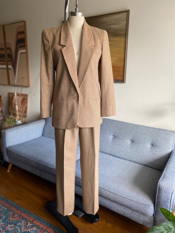 Vintage 80's Classic Wool Blazer, Timeless Style