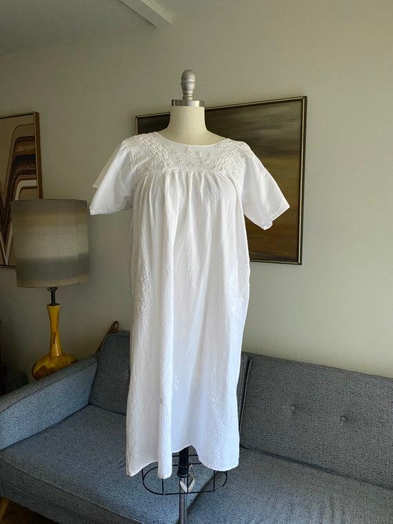 Vintage White Cotton Embroidered Dress / Summer D… - image 5