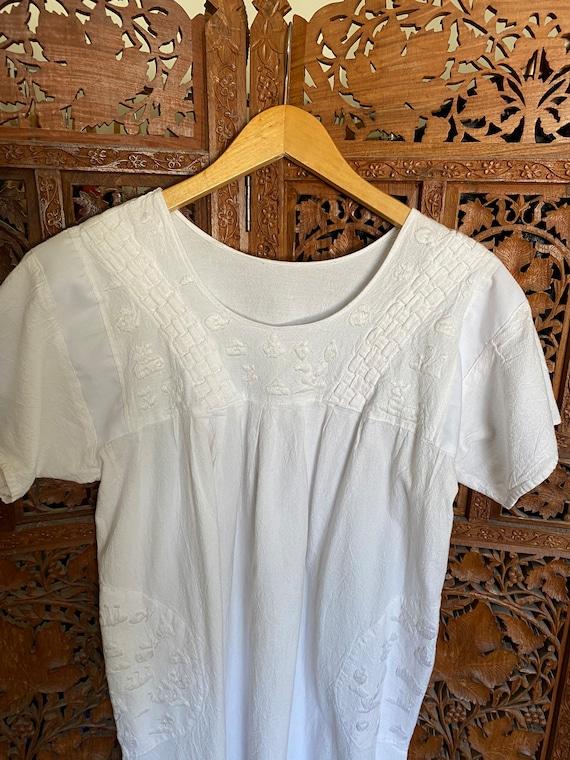 Vintage White Cotton Embroidered Dress / Summer D… - image 4