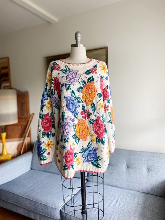 Vintage Oversized Cotton Sweater / Floral Sweater