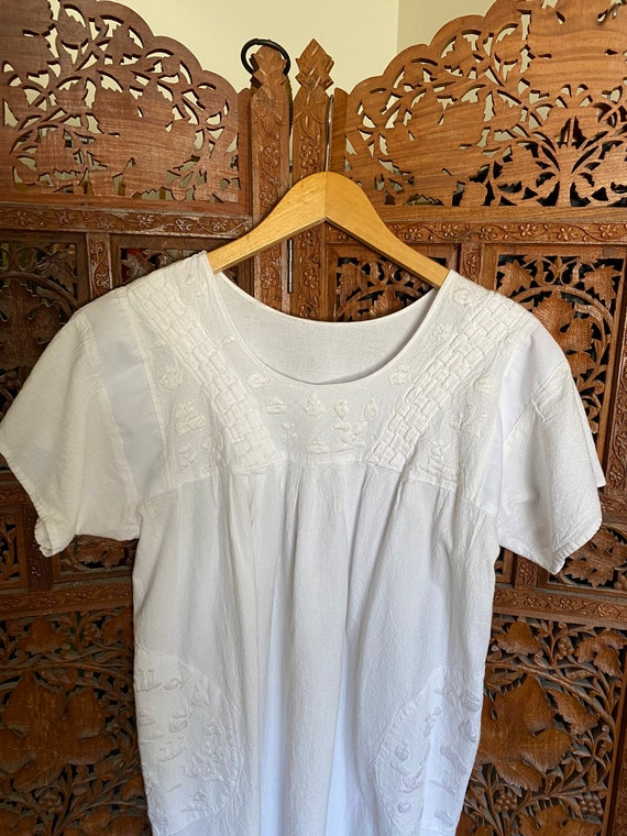 Vintage White Cotton Embroidered Dress / Summer D… - image 3