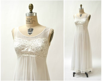 Vintage White Slip Dress Nightgown Small Lace Sheer White Ivory Wedding  Honeymoon Camisole Dress   Vintage Lingerie Dress Bridal Night Gown 2ac8c6cbe