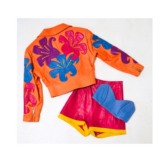 Vintage Pink Leather Shorts Hot Pants Leather Sho… - image 2