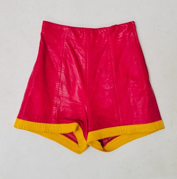 Vintage Pink Leather Shorts Hot Pants Leather Sho… - image 5