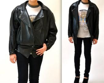 Vintage Black Leather Motorcycle Jacket SIze Medium Women// Vintage Black Leather Biker Jacket Size Medium