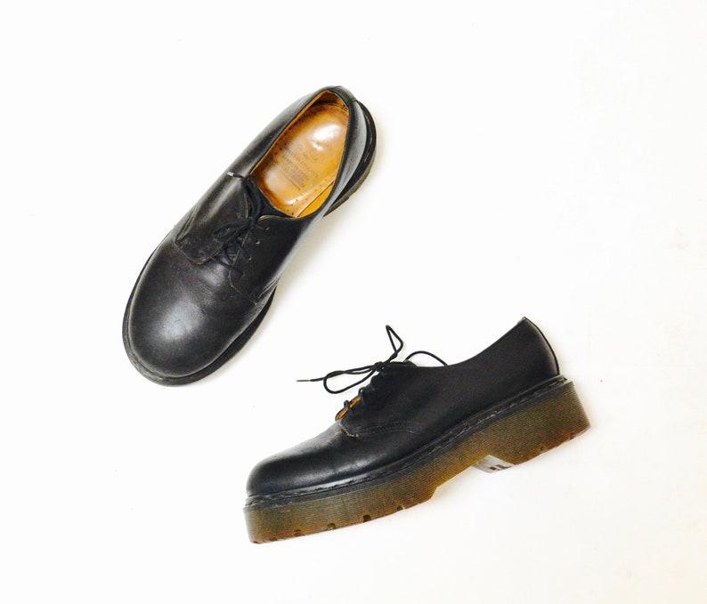 f77e91d36722 Amazing 90s Black Dr. Martens Platform Oxfords Size 10 Men