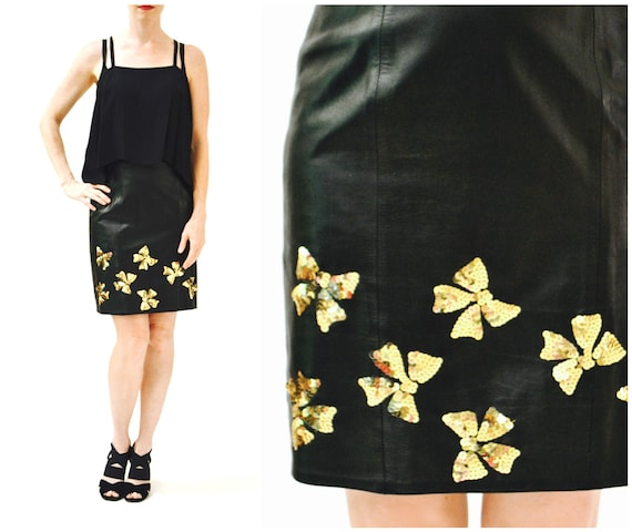 Vintage Black Leather Skirt Size Small Metallic Go