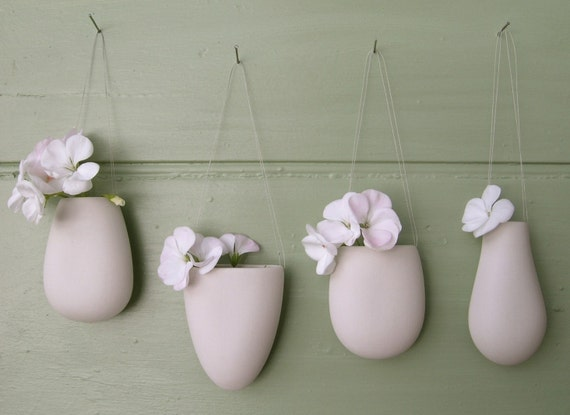 Hanging Vase One X Dinky Porcelain 4 Shapes Small Pod Wall Hung Vase White Ceramic Suspended Pebble Vessel