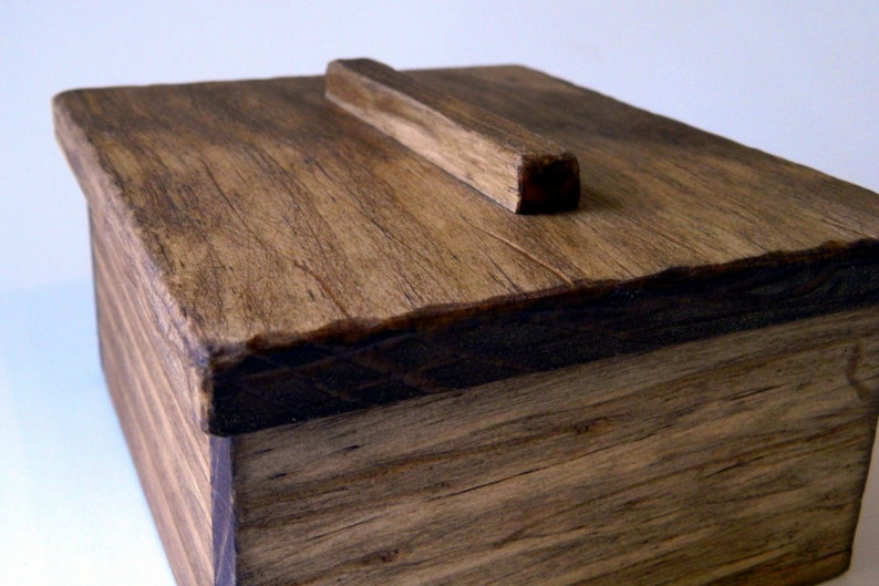 Rustic Wood Trinket Box Catch-all Jewelry Box What Not Box image 0