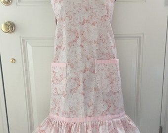 Shabby Chic apron in blush pink roses print