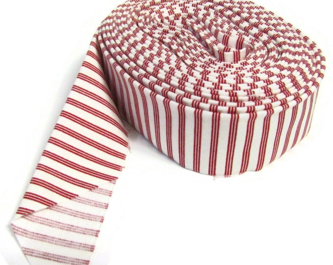 Quilt Binding - Single fold - Red Stripe on a cream background